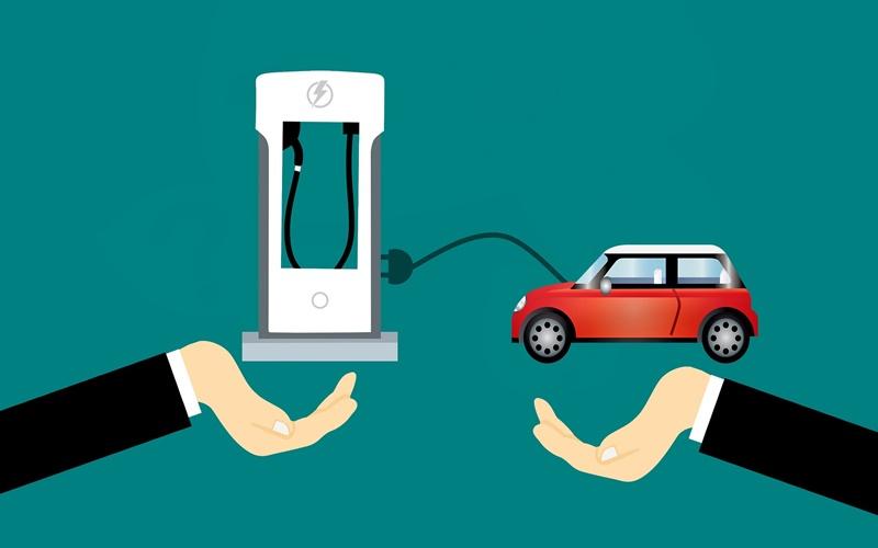 充電器と電気自動車
